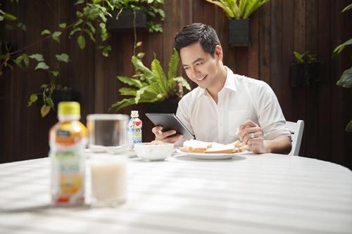 """MC Phan Anh: """"Mỗi ngày tôi đều đếm... công việc"""" - 1"""