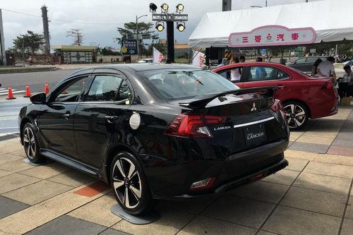 Cận cảnh Mitsubishi Grand Lancer 2017 giá 502 triệu đồng - 4