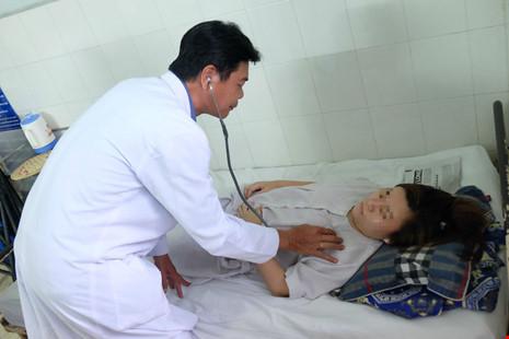 Cứu sản phụ vỡ thai ngoài tử cung, huyết áp bằng không - 1