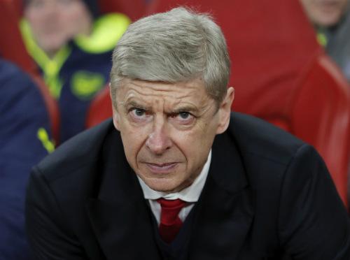 Wenger tiếp tục bám víu Arsenal: Dè bỉu MU, Liverpool - 1