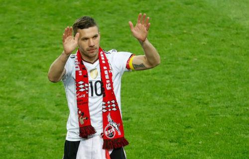 Tin HOT bóng đá tối 23/3: Podolski giải nghệ vẫn nặng lòng Wenger - 1
