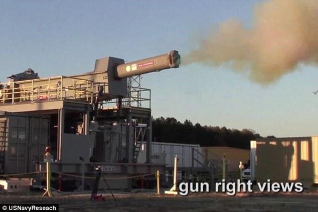 Xem siêu súng điện từ gấp 6 lần âm thanh của Mỹ khai hỏa - 3