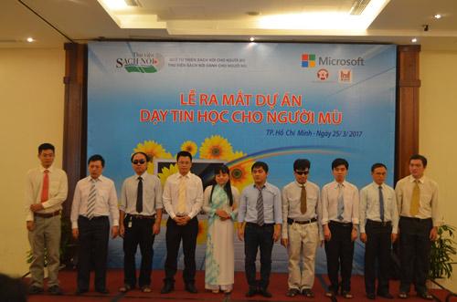"""Dự án """"dạy tin học cho người mù"""" tại TP. HCM - 1"""