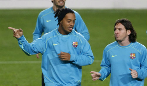"""Barca và truyền thống """"vắt chanh bỏ vỏ"""": Messi cũng đem bán - 1"""