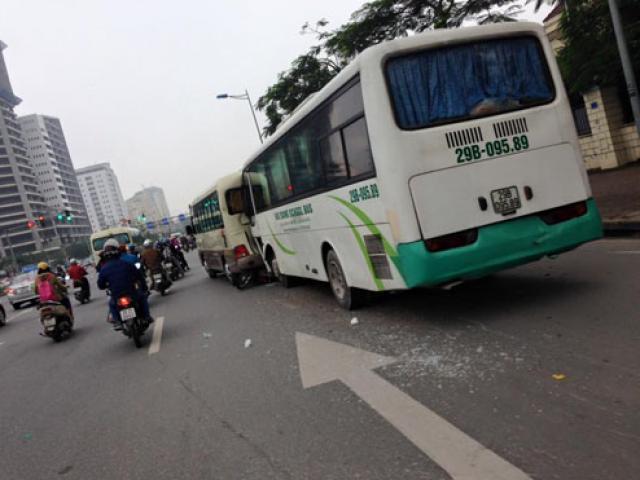 Xe tang mất lái gây tai nạn liên hoàn, 1 người tử vong