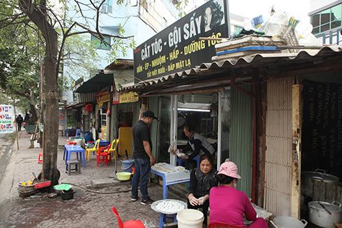 Dân Thủ đô xếp hàng mua bánh trôi, bánh chay ngày Tết Hàn Thực - 9