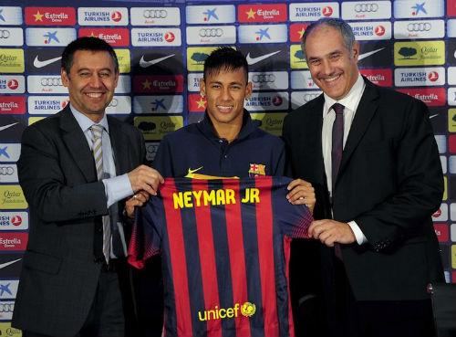 Âm mưu Real - Barca: Neymar nguy cơ ngồi tù, bố bị tố nhận hối lộ - 1