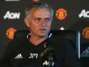 Mourinho: MU quá áp lực, úp mở khả năng ra đi