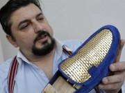 Thế giới - Giày dát vàng 600 triệu dành cho giới siêu giàu Ả Rập