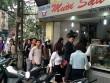 Dân Thủ đô xếp hàng mua bánh trôi, bánh chay ngày Tết Hàn Thực