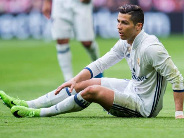 Ronaldo tốc độ tụt dốc, Real chi 106 triệu bảng thay thế
