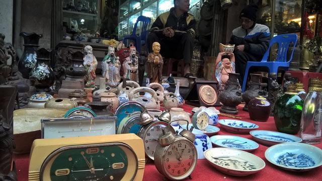 Lạ lùng khu chợ thứ những người ưa hoài niệm - 1