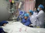 Sức khỏe đời sống - Bác sĩ ngã quỵ trước mặt bệnh nhân và qua đời vì làm việc quá tải
