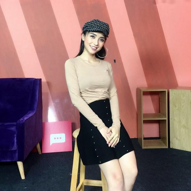 """Tư cầm xoàn giúp """"cháu gái Lam Trường"""" càng ngày càng đẹp đẹp - 9"""