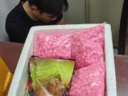 Bắt  ông trùm  ma túy ở Sài Gòn cùng 13.000 viên thuốc lắc trong cốp xe