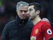 Bóng đá - Tin HOT bóng đá tối 6/1: Mourinho công khai xin lỗi học trò ở MU