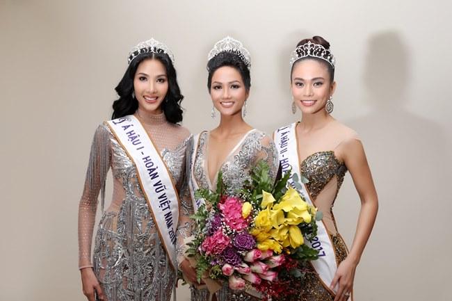 Cư dân mạng tranh cãi về nhan sắc Tân Hoa hậu Hoàn vũ Việt Nam - 2