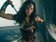 Thời trang - 4 nữ siêu anh hùng gợi cảm từ trên phim ảnh đến đời thực