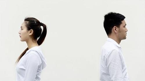 Người đàn ông kiên quyết li dị vì vợ một tháng không đánh răng, không tắm - 1