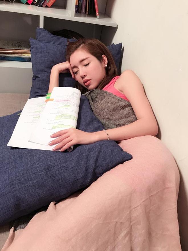Ngủ quá sexy, Angela Phương Trinh và dàn mỹ nhân được ví như nữ thần - 10