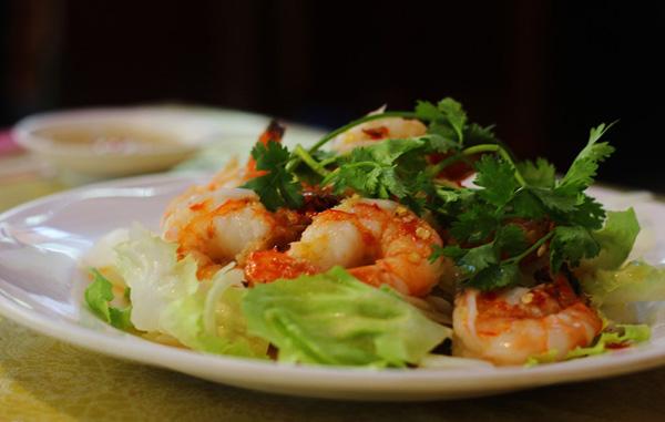 Có một quán Gỏi cá gia truyền 3 đời, chỉ bán 40 dĩa 1 ngày, ăn là nghiền ở Sài Gòn - 4