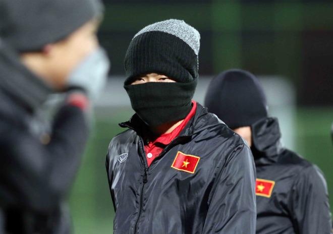 """U23 Việt Nam: Thầy trò HLV Park Hang Seo hóa """"chiến binh Ninja"""" - 10"""