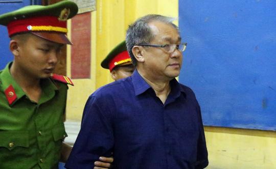 Đại gia Hứa Thị Phấn vắng mặt trong phiên xử Trầm Bê - 5
