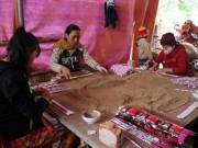 Thị trường - Tiêu dùng - Làng nghề truyền thống hối hả vào vụ Tết