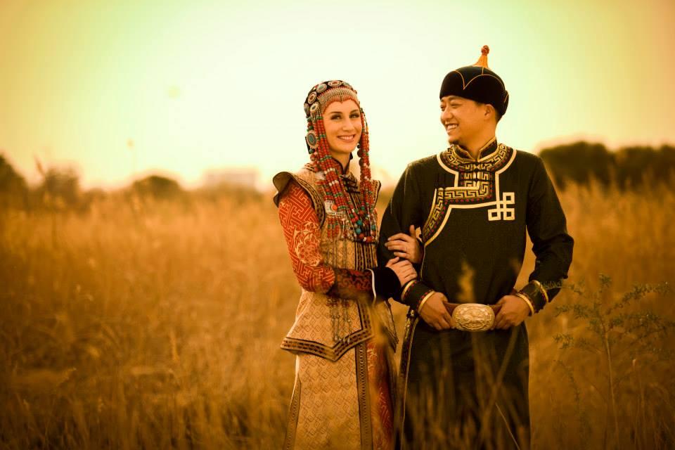 21 cô vợ Tây xinh đẹp của đàn ông TQ khiến người khác ghen tị - 12