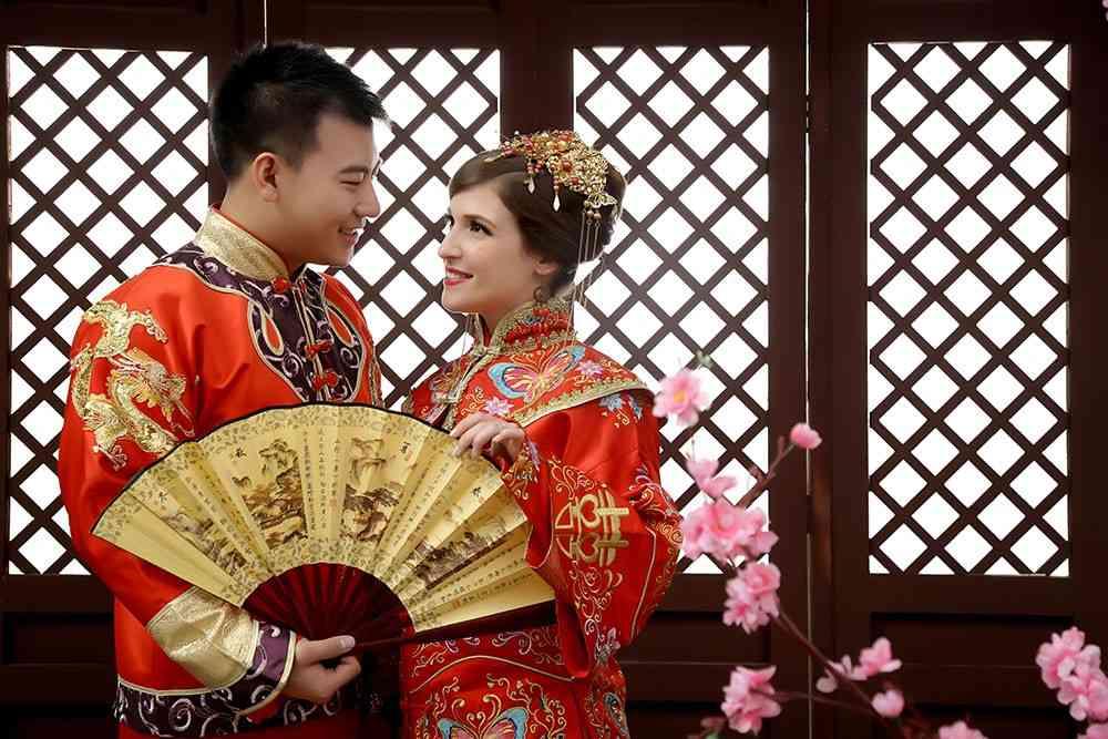 21 cô vợ Tây xinh đẹp của đàn ông TQ khiến người khác ghen tị - 7
