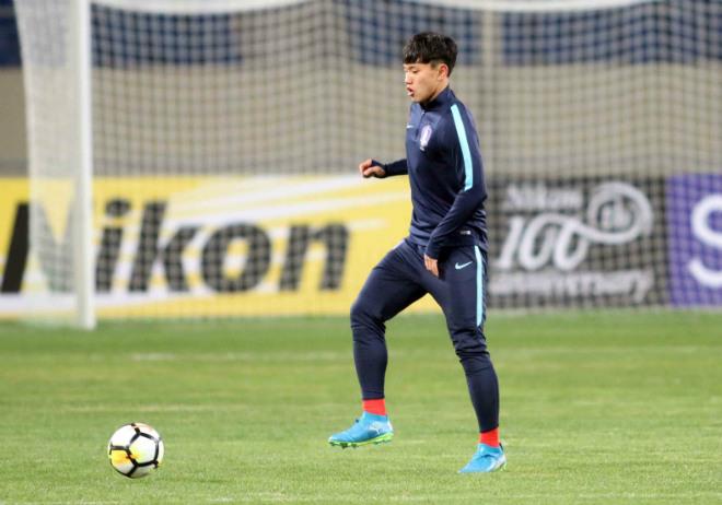 """HLV U23 Hàn Quốc """"căng thẳng"""" trước giờ đấu U23 Việt Nam - 8"""