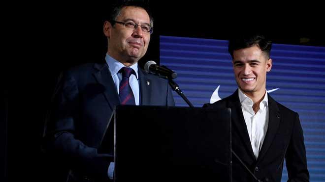 """Coutinho ra mắt Barca: Bàn tay """"siêu cò"""" đạo diễn bom tấn chấn động - 3"""