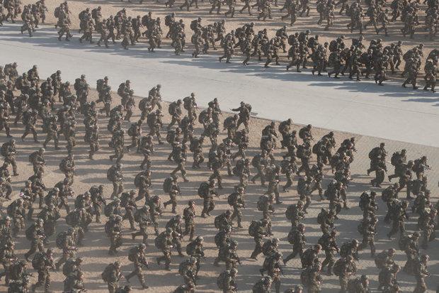 """Trung Quốc phóng tên lửa, 4.000 căn cứ """"sẵn sàng chiến đấu"""" - 3"""