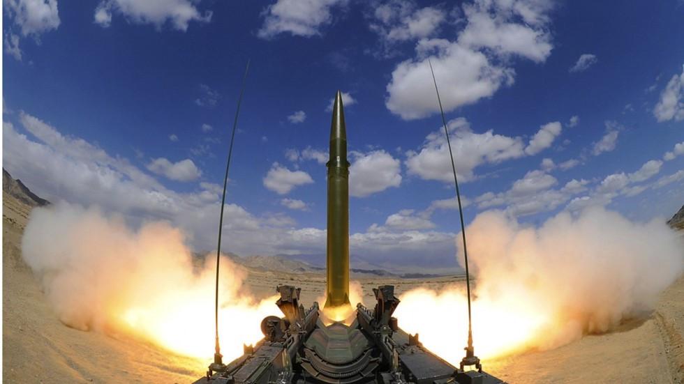 """Trung Quốc phóng tên lửa, 4.000 căn cứ """"sẵn sàng chiến đấu"""" - 1"""
