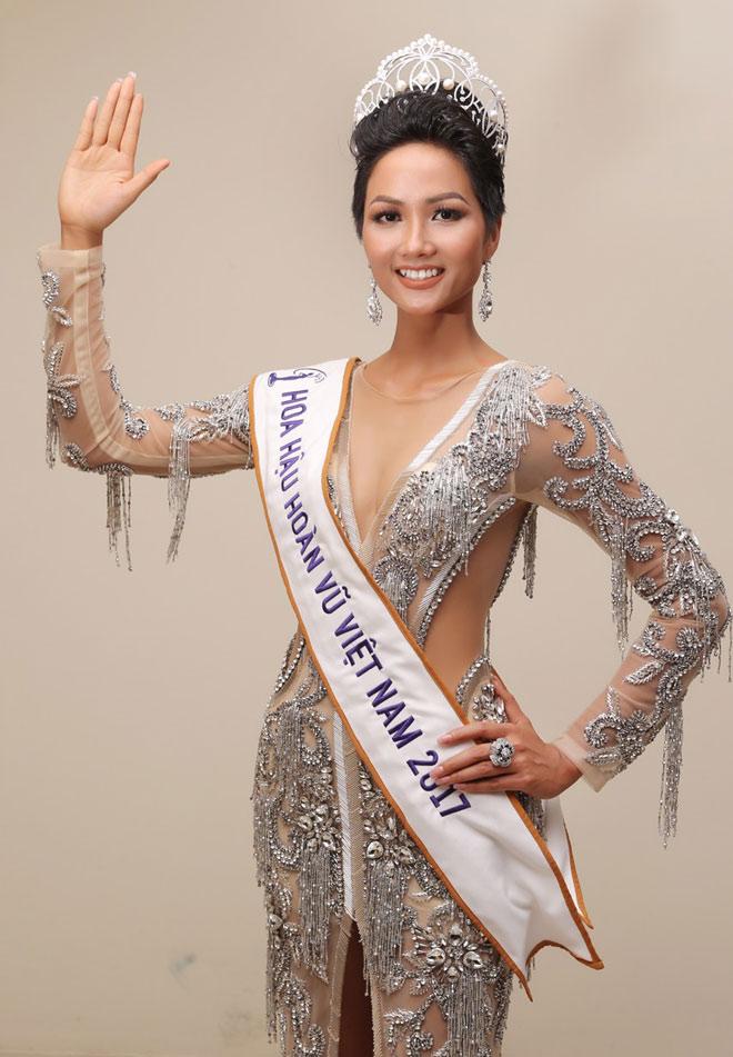 """3 mỹ nữ dân tộc đẹp lạ từng """"khuynh đảo"""" các cuộc thi hoa hậu Việt - 2"""