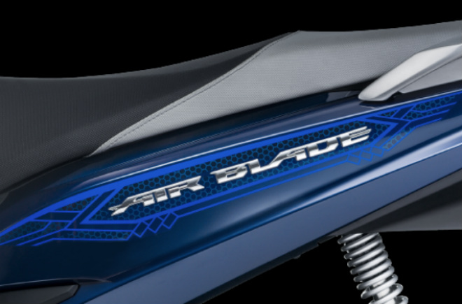 Chi tiết 2018 Honda Air Blade màu mới dạng xanh ngọc - 6