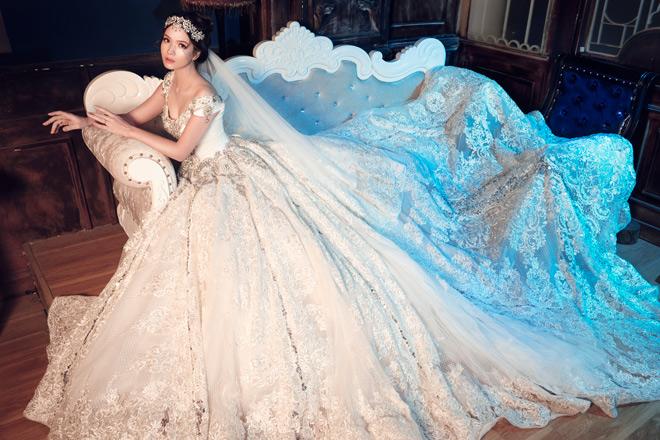 Gái hai con Đan Lê diện váy cưới như nữ hoàng - 7