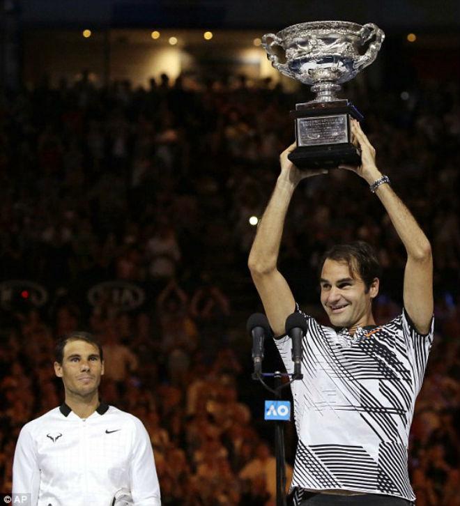 Australian Open, khoảnh khắc kinh động: Nadal ôm hận Federer - Djokovic - 1