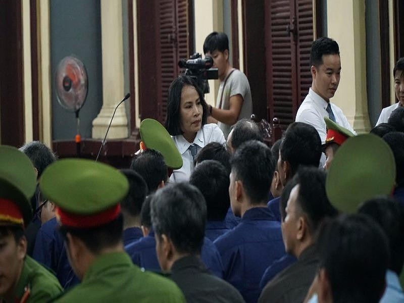 Tòa gửi thông báo cho 73 luật sư vụ Phạm Công Danh - 1