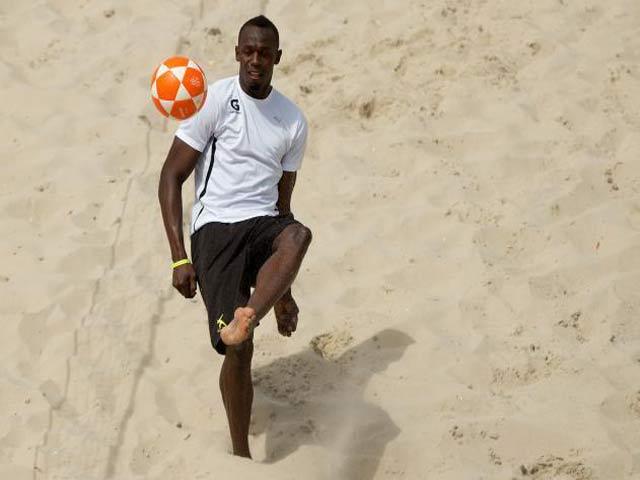 U.Bolt tới Dortmund, hướng về MU: Siêu nhân cũng phải sợ