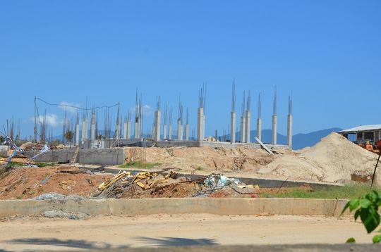 Đà Nẵng: Ngang nhiên lấn biển xây hàng chục biệt thự vượt phép - 1