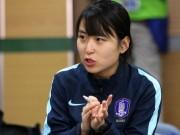 Bóng đá - Sếp nữ xinh U23 Hàn Quốc dẫn quân đấu Công Phượng, Xuân Trường