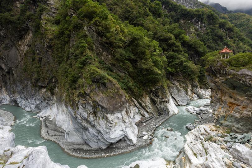 Đã mắt ngắm nhìn 12 hẻm núi đẹp nhất hành tinh - 3