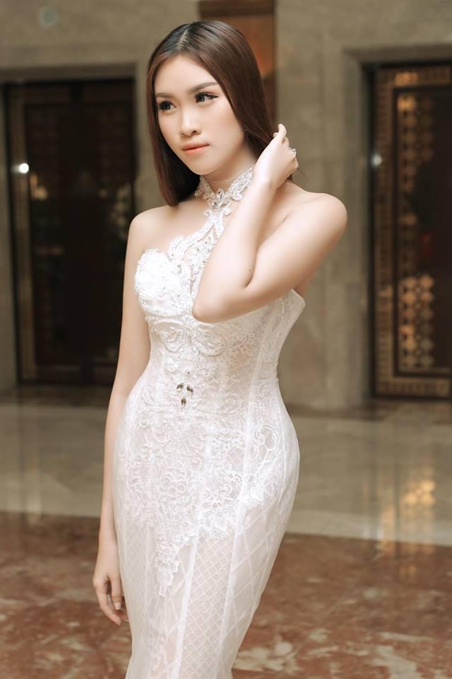 Sở thích mặc gợi cảm của nữ MC VTV từng thi hoa hậu - 14