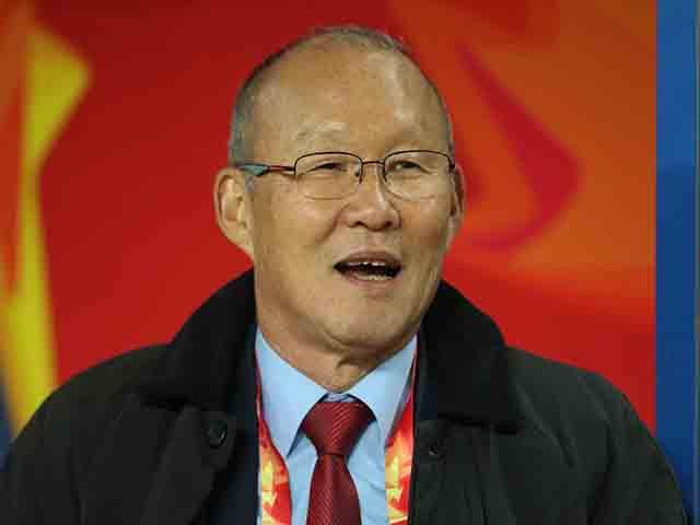 U23 Việt Nam: HLV Park Hang Seo & 2 lần đặt tay lên trái tim