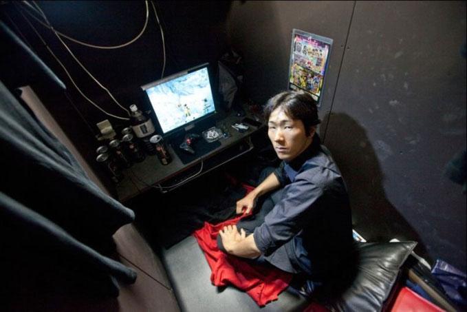 Người trẻ Nhật: Sống tối giản từ nhà cửa đến tình dục - 4