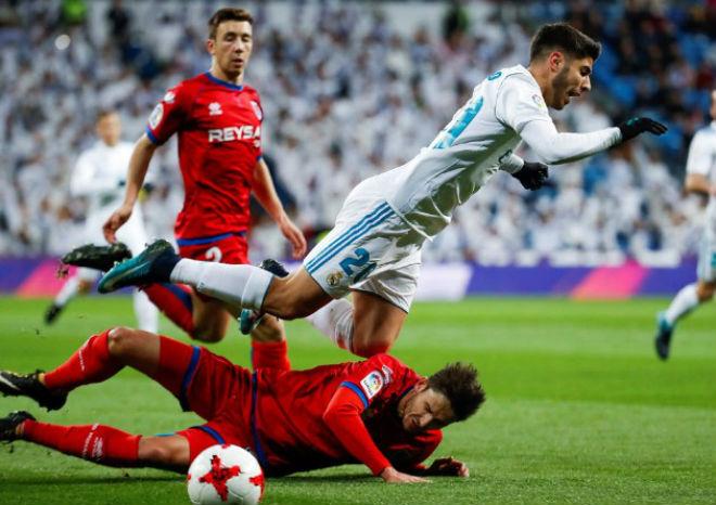 Real Madrid - Numancia: Tưng bừng 2 cú đúp, thẻ đỏ phút 92 - 1