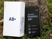 """"""" Đập hộp """"  Galaxy A8+ bản thương mại mới ra mắt"""
