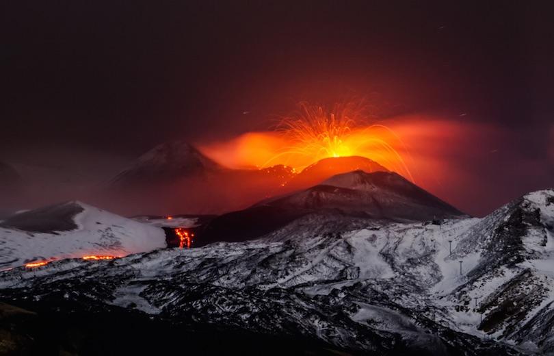 Kinh ngạc ngắm nhìn những ngọn núi lửa đẹp nhất hành tinh - 7