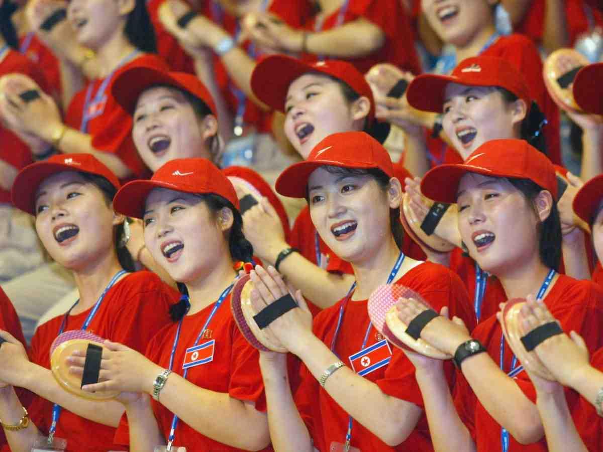 """Ngắm """"đội quân"""" toàn mỹ nữ của Triều Tiên đi cổ vũ ở nước ngoài - 2"""